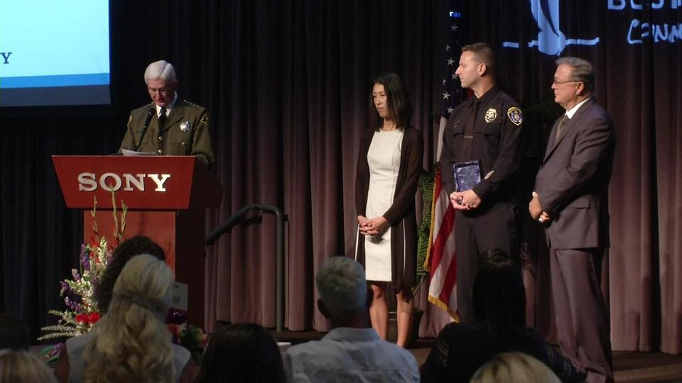 Officer Who Arrested Poway Synagogue Shooter Suspect Honored