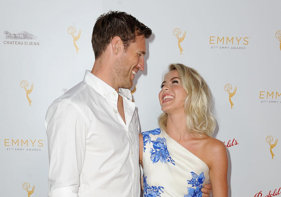 Julianne Hough Having Marriage Problems After Revealing