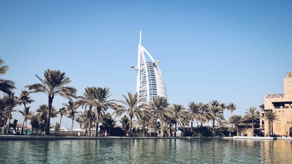 Is The Best Currency To Take Dubai