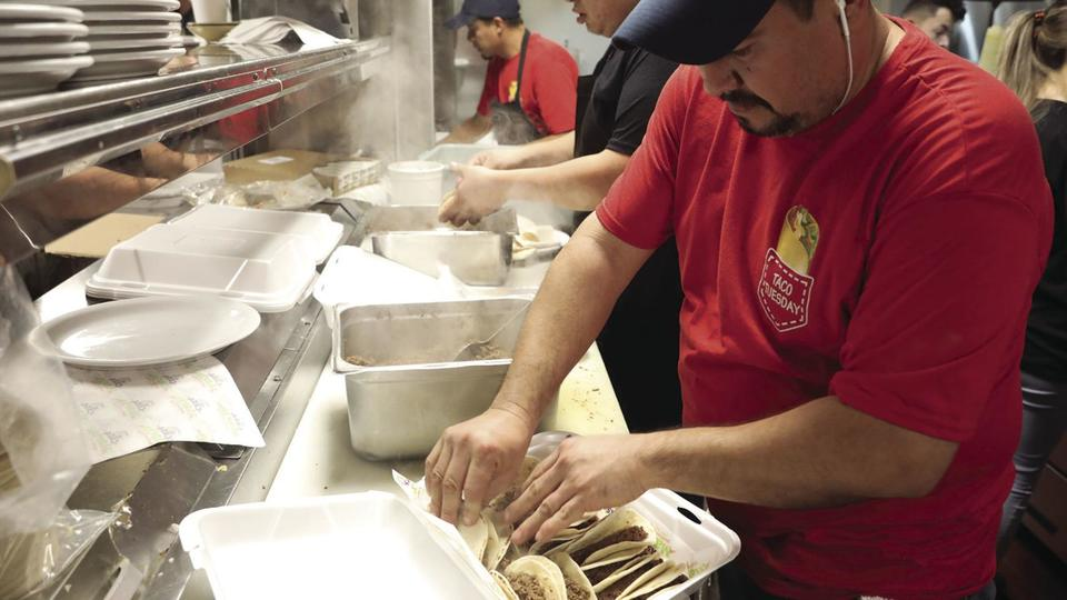 It S Taco Tuesday Mexican Restaurants Plan Adjusted Cinco De Mayo