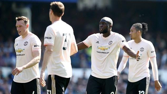 Manchester United In Meltdown As Angry Players Row In The Dressing Room News Break
