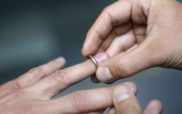 South Korean court tells cheating husband he must stay married