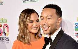 John Legend & Chrissy Teigen's Relationship Wasn't Love At First Sight, But It All Clearly Worked Out