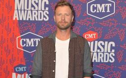 Dierks Bentley Performs Tribute to Granger Smith Following Tragic Death of His 3-Year-Old Son