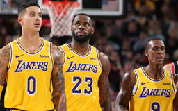 Rajon Rondo on Los Angeles Lakers trade speculation this season: 'I think we held it together as best as possible'