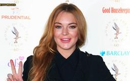 Lindsay Lohan posts completely nude snap from throwback Playboy shoot
