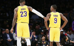 Rondo: Young Lakers felt rejected by LeBron amidst Davis trade rumors