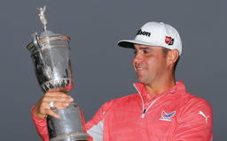 Woodland blames Spieth for drinking out of upside-down U.S. Open trophy