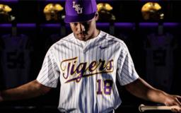Hampton gets drafted, but chooses LSU