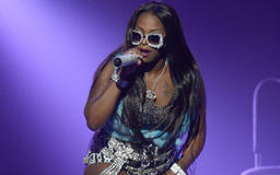 Fans Boo Foxy Brown Offstage as Venue Plays Rap Rival Lil' Kim's Track Instead