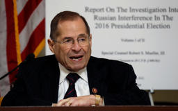 Democrats push new strategy for enforcing Russia subpoenas