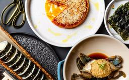 David Chang's New Hudson Yards Restaurant Gets a Grown Up Two Stars from Wells