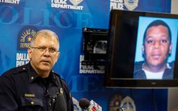Man accused of killing Muhlaysia Booker, 2 others had her cellphone after her death, Dallas police say