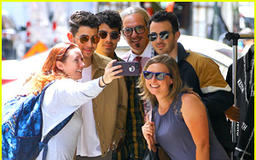 The Jonas Brothers Run Into Fans While Out in NYC