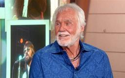 """Kenny Rogers Hospitalized, But Disputes """"Preparing For Death"""" Stories"""