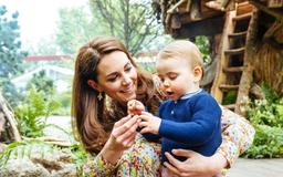 """Will Kate Middleton Have a Fourth Baby? Here's What a """"Parenting Expert"""" Had to Say"""