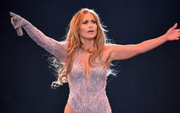 Jennifer Lopez's Daughter Joins Her On Stage For Mother-Daughter Duet