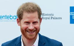 Prince Harry Was 'Obsessed' With Jennifer Aniston and Even Texted Her