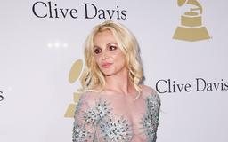 Britney Spears Cut Her Hair & She Is REALLY Happy About It