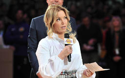 Mark Cuban praises Jeanie Buss amid Lakers' dysfunction