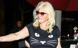 Beth Chapman Looks Healthy In New Photo & Vows 'Cancer Will Not Beat Me'