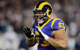 Thursday's NFL: Former Lion Suh signs $9.25M, one-year deal with Bucs
