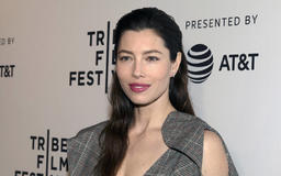 Jessica Biel says she's not against vaccinations, just against bill