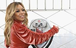 It Looks Like Wendy Williams Is Getting Her Groove Back With This Mystery Man