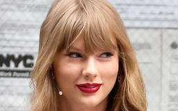 This May Be The Shortest Dress Taylor Swift Has EVER Worn--Her Legs Look Amazing!