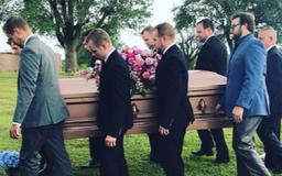 Jill Duggar shares photos from Grandma Mary's funeral: 'We'll see you in heaven'