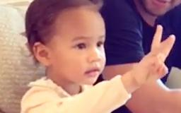 Chrissy Teigen And Daughter Luna's Candy Negotiations Are The Sweetest