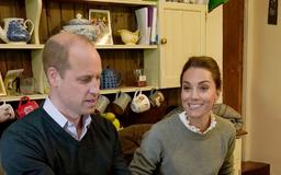 Kate Middleton made a super subtle, romantic gesture to Prince William on TV