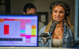 Jessie James Decker Says She Still Gets Scared That People Don't Like Her