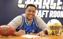 Trey Pipkins Rounds Out Draft Class Signings