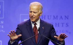 Democratic presidential candidates at Iowa party event jab at absent Joe Biden