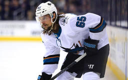 Report: Erik Karlsson re-signs with Sharks for eight years, at least $88 million
