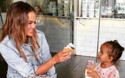Chrissy Teigen And Daughter Luna Negotiate Candy In The Cutest Court Videos Ever