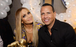 Alex Rodriguez, ex-wife and Jennifer Lopez make nice at daughter's school event