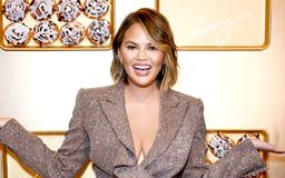 Chrissy Teigen Shares a Look at the Salad She Eats While Dieting: 'I Am Disgusting'