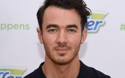 Kevin Jonas' Daughters Dancing To The Jonas Brothers Is Nothing But Adorable — VIDEO