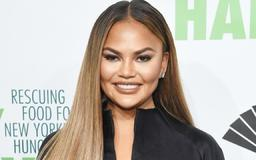 Chrissy Teigen and Daughter Luna Hilariously Negotiate Over Candy and It's Adorable