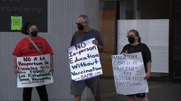 Parents, teachers union protest current COVID testing protocols in Oakland Unified