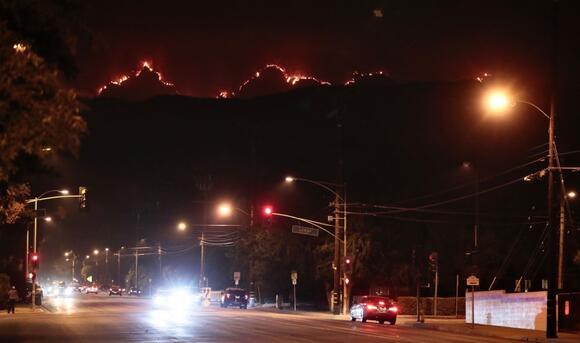 Smoke Keeps Choking Southern California As Bobcat Fire Grows News Break