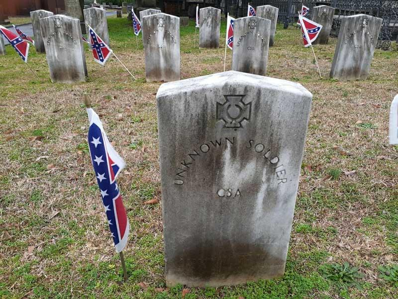 City Council Urged to Remove Confederate Flags from Cemetery   News Break