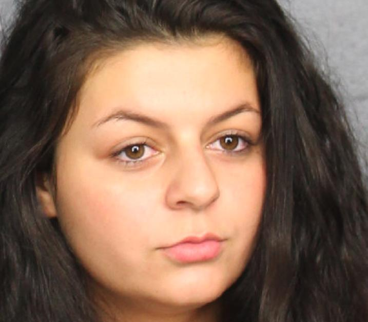 Florida Woman Stabs Boyfriend in the Chest With Steak Knife After He Told Her 'You Don't Have the Balls to Do It'