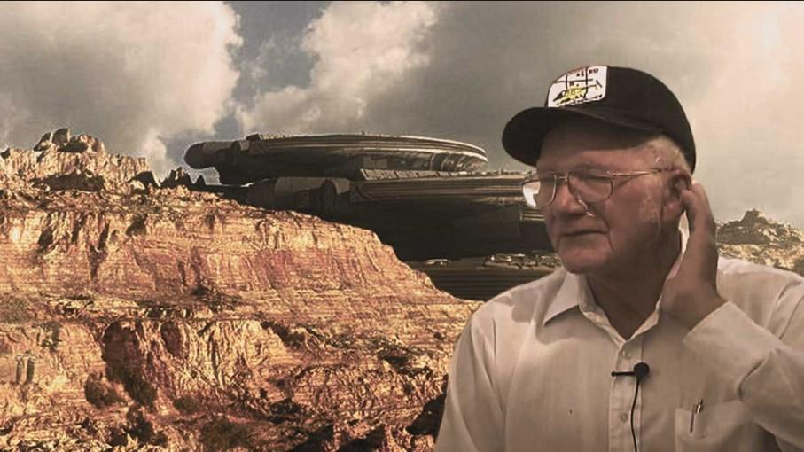 "AREA 51 ENGINEER BREAKS HIS SILENCE: ""THERE IS AN EXTRATERRESTRIAL"