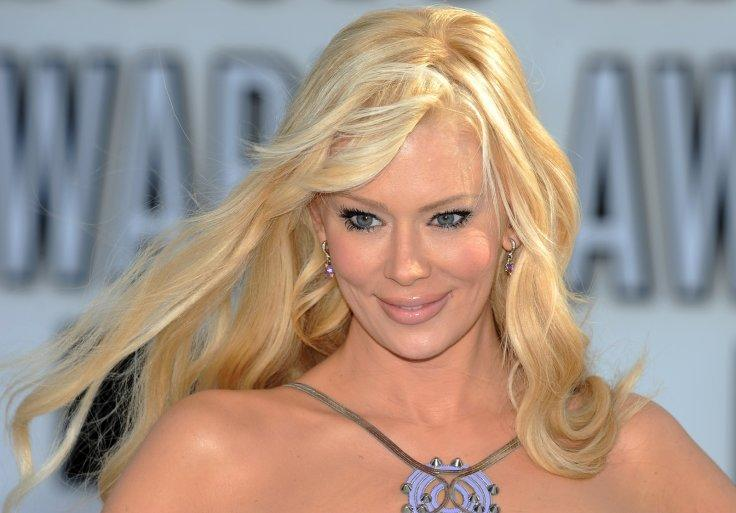 Porn star Jenna Jameson receives death threats for transphobic opinions