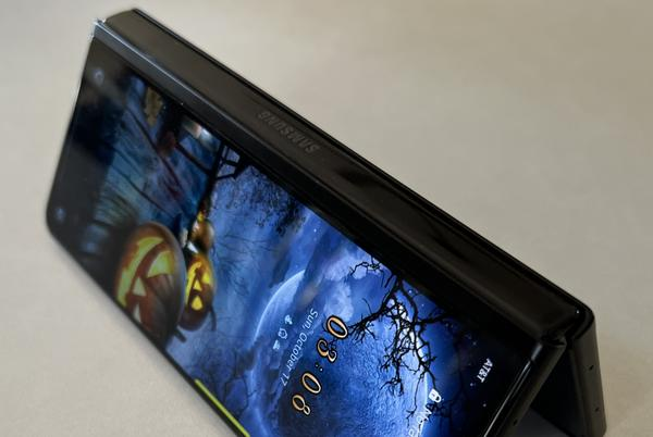 Picture for A Note Lover Switches to The Galaxy Z Fold 3 5G