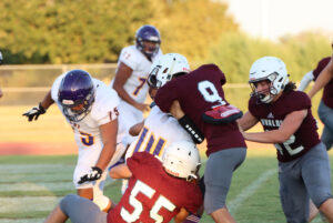 Picture for Coyotes top LBJ Wolves in jayvee football thriller