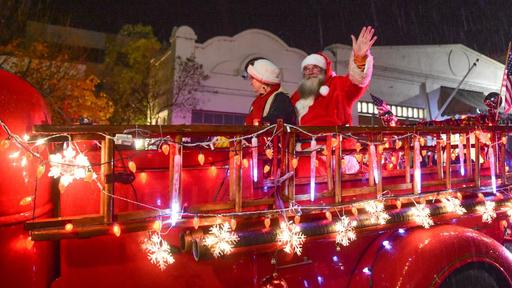 Sonora Christmas parade, visits with Santa nixed for 2020 | News Break